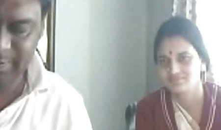 MS பாரிஸ் இந்திய ஆபாச 40 மற்றும் அவரது தடைசெய்யப்பட்ட கதைகள்-சிறுவர்கள்