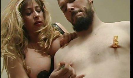 ரியல் செக்ஸ் தங்க நிற pornorussian பல பளப்பான முடி மீது செக்ஸ் நடிப்பதற்கு